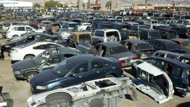 Importación de coches de desguace circulando por Europa